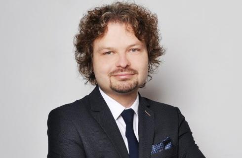 Prof. Zembrzuski: Sama zmiana przepisów procesowych nie wystarczy do usprawnienia sądów