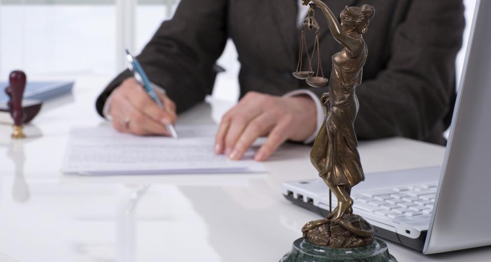 SN: Adwokat bronił się obrażając kolegów - zapłaci 8 tys. zł