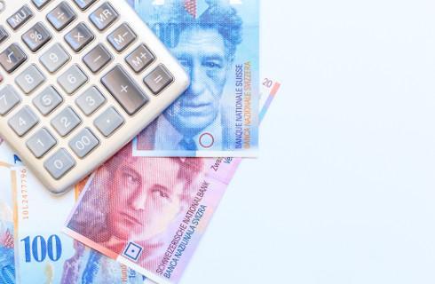 Od umorzonego kredytu frankowego skarbówka może chcieć podatku