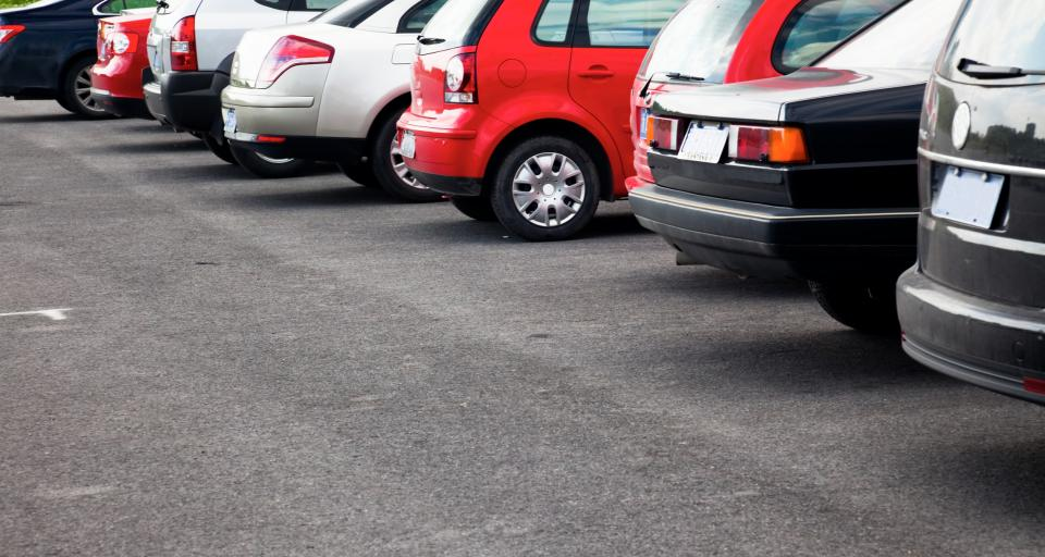 Kary za niezarejestrowanie pojazdu – luka w prawie kłopotem starostów