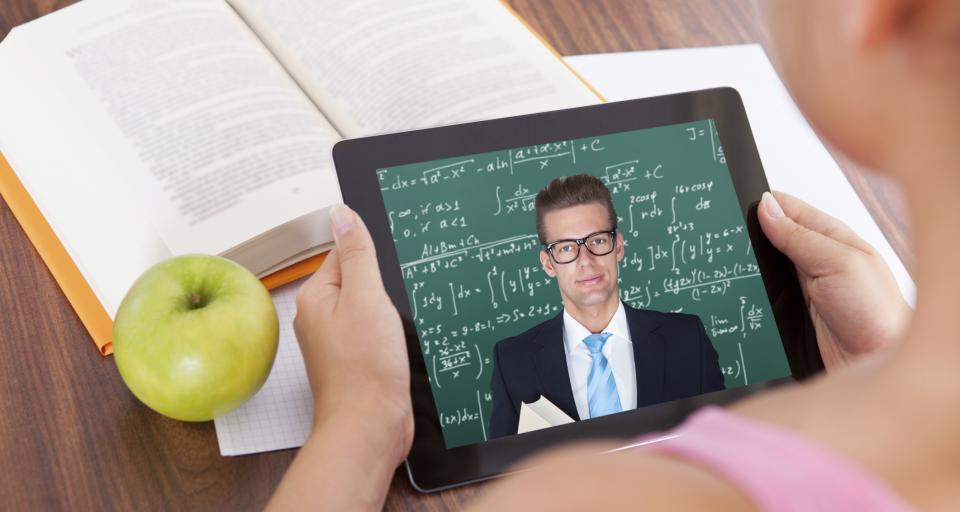 Szkolny komputer zwykle nie pierwszej młodości