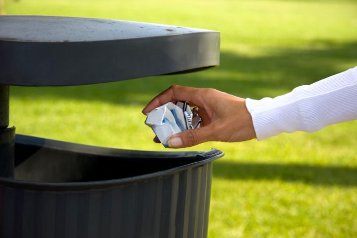 MSWiA: Rosną opłaty za śmieci, RIO powinny sprawdzić uchwały gmin