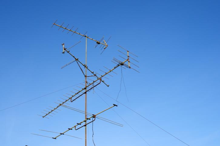Samorządy muszą zmienić stawki za zajęcie pasa drogowego na urządzenia telekomunikacyjne