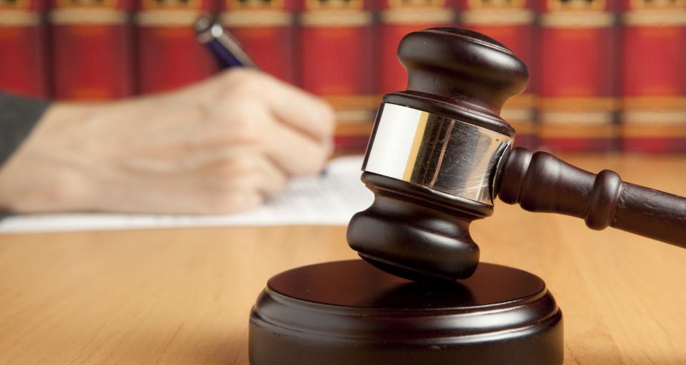 Rzecznik dyscyplinarny zarzuca sędziemu Juszczyszynowi działanie przeciw strukturom państwa