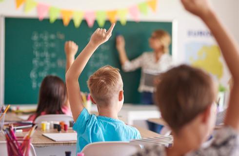 RPO: Nie można zwalniać dzieci z zajęć antydyskryminacyjnych