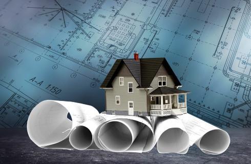 Czy można wybudować obiekt na dwóch działkach, do których inwestor posiada różny tytuł prawny?