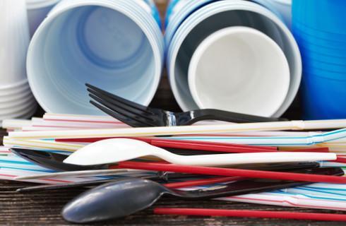 Strefy wolne od plastiku mogą być tworzone, ale trzeba znaleźć podstawę prawną