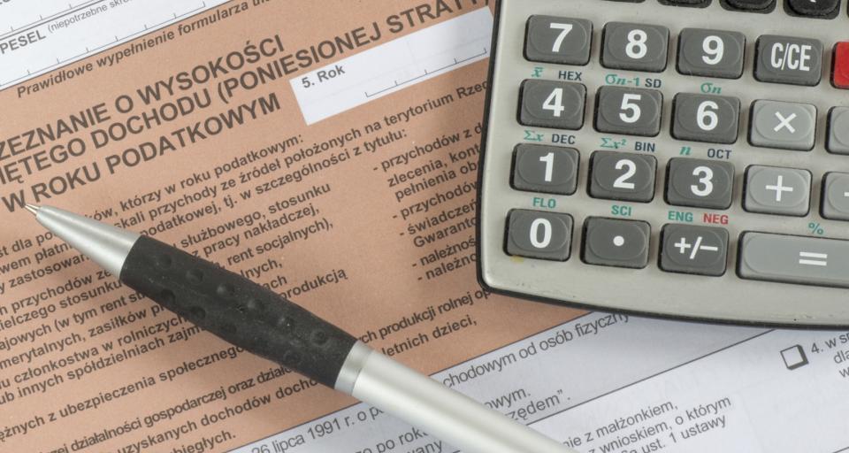Szybszy zwrot nadpłaty z rocznego PIT tylko dla niektórych