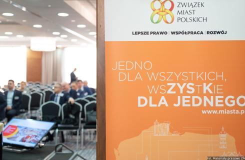 Miasta apelują do rządu o stabilne zasilanie finansowe samorządów