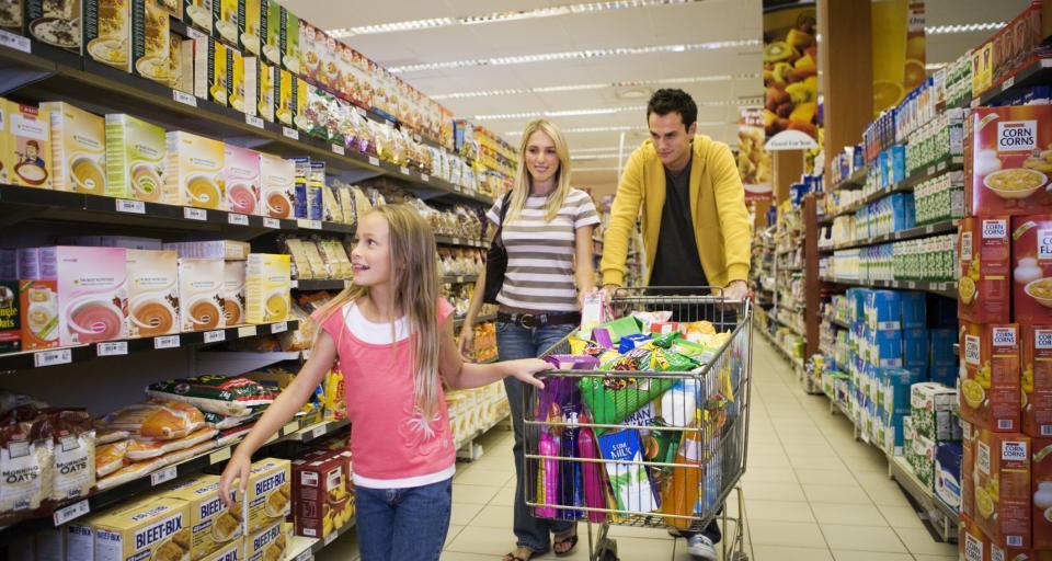 Największe sieci handlowe nie będą zamykać sklepów