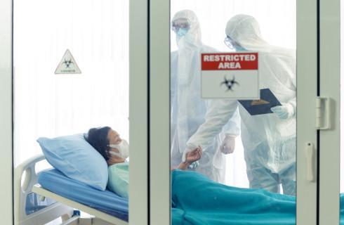 Jest lista 19 szpitali przekształcanych na zakaźne do walki z koronawirusem