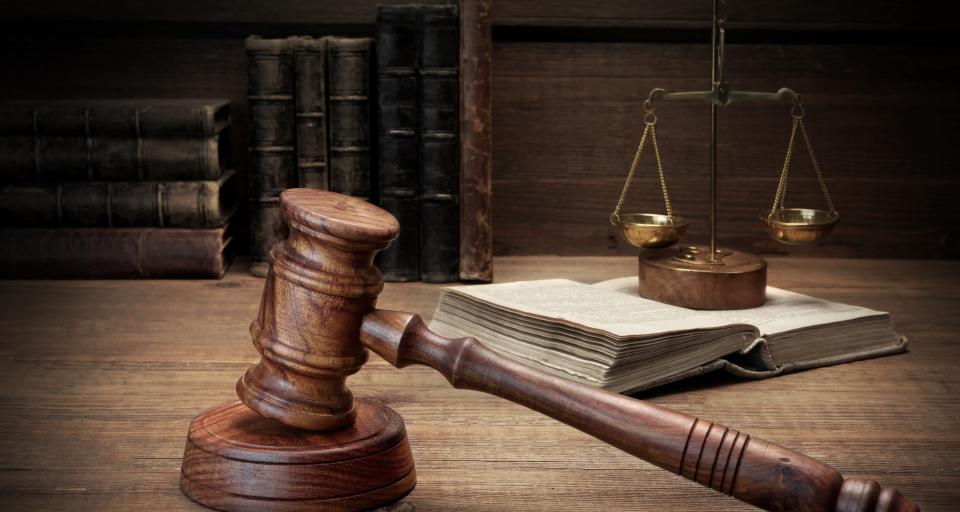 """Zagrożenie koronawirusem, sądy powinny przestać pracować - apeluje """"Iustitia"""""""