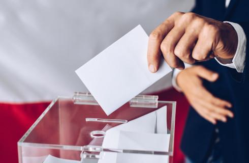 Wybory prezydenckie - specustawa miesza w terminach