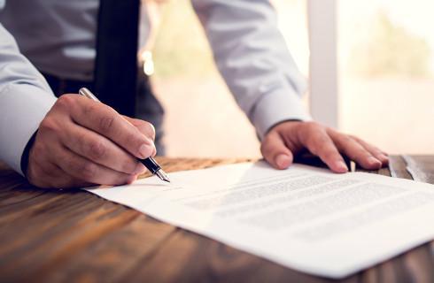 Koronawirus zatapia notariuszy, kołem ratunkowym - akty online
