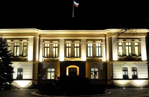 Trzej sędziowie: Trybunał Konstytucyjny uznał siebie za wyższą instancję nad Sądem Najwyższym