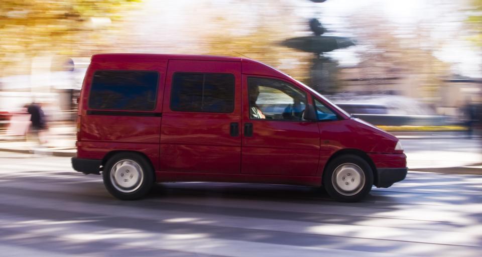 Ważność czasowej rejestracji auta do 14 dni od odwołania epidemii