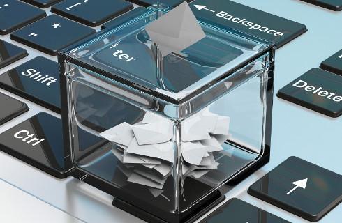 Wzajemne oskarżenia o łamanie prawa wyborczego między rządem a samorządami