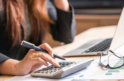 Podatnicy wnioskują o ulgi w rozliczeniach ze skarbówką