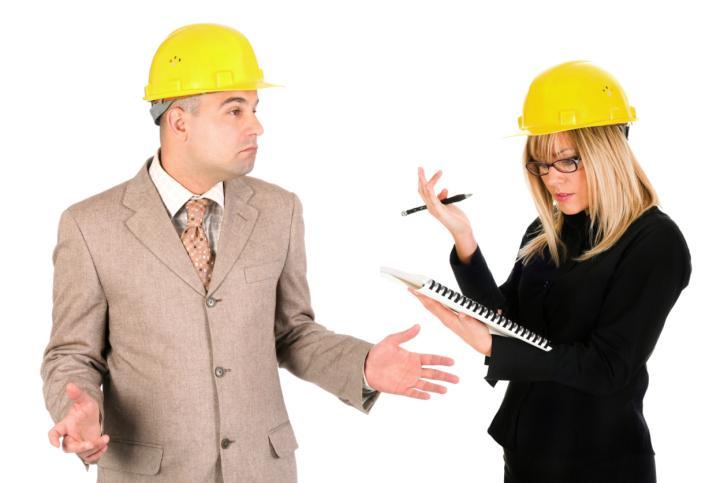 Kiedy firma musi zatrudnić pracownika BHP na umowie o pracę
