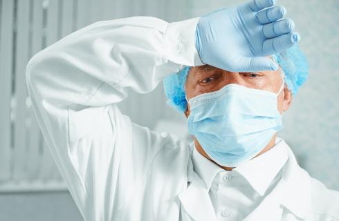 Medycy będą walczyć o rekompensaty za zarażenie koronawirusem