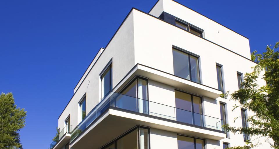 Wynajem mieszkania firmie dla pracowników bez VAT