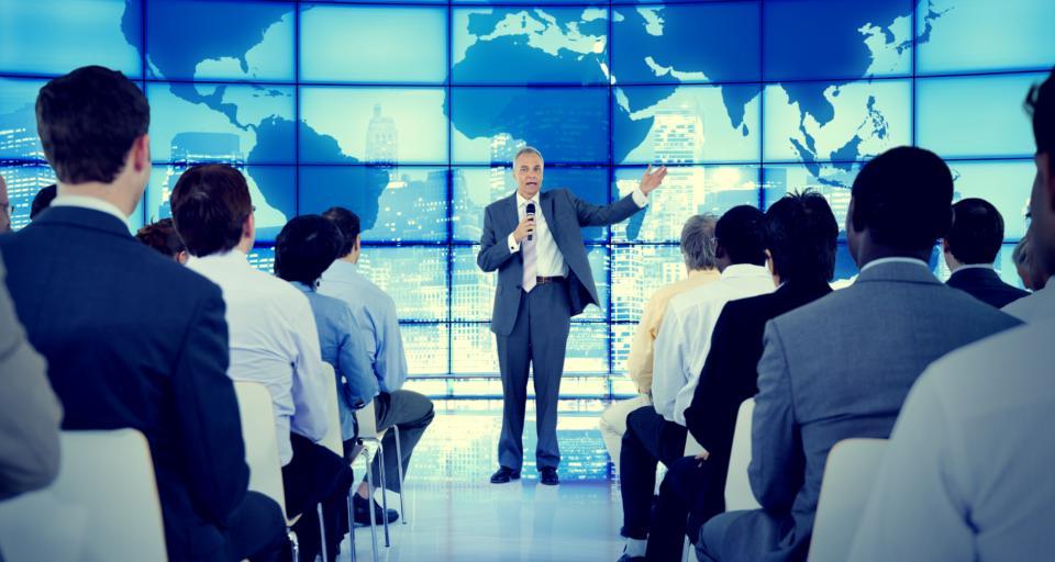 RODO i prawo autorskie regulują korzystanie z wizerunku uczestników konferencji i eventów