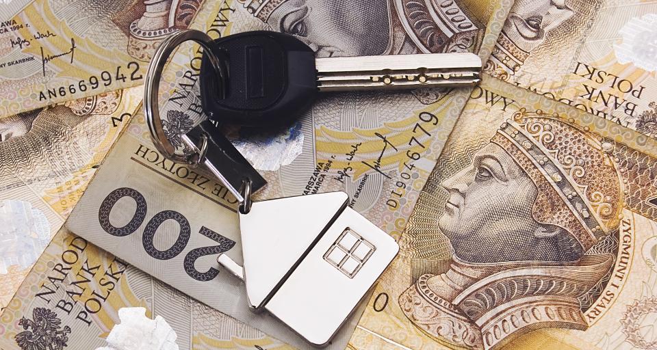 Kupno lub sprzedaż auta można zgłosić online