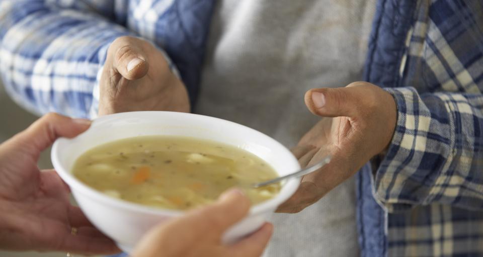 Władza i prawo tolerują fatalne żywienie w szpitalach
