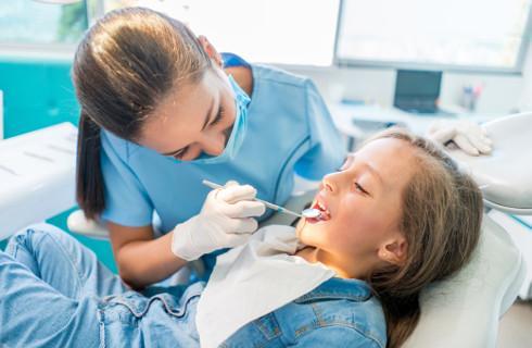 UOKiK: U dentystów zrobiło się drogo