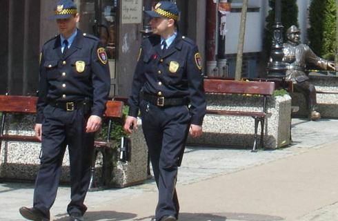Straże gminne i miejskie już nie będą działały pod nadzorem policji