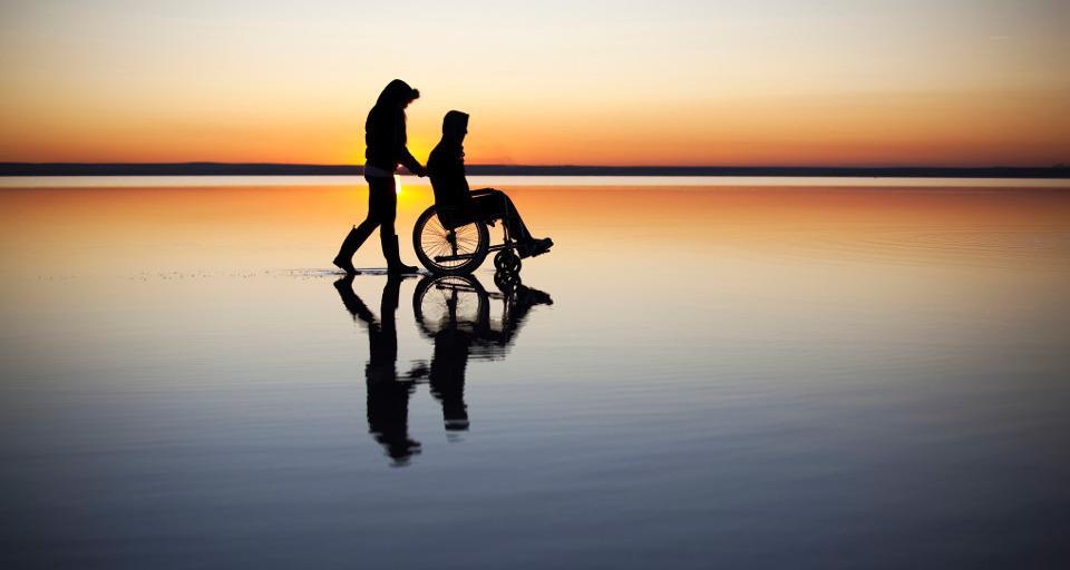 Senat przygotuje projekt ws. zasiłków dla opiekunów dorosłych niepełnosprawnych