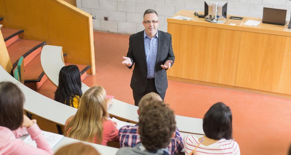 WSA: Prawo do prywatności nie chroni pensji wykładowcy