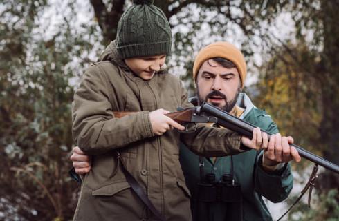MSWiA: Myśliwi mogą używać broni z tłumikiem na strzelnicy