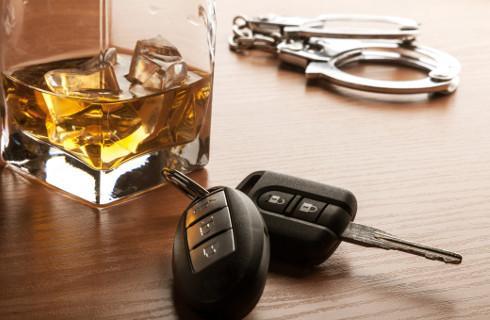 Kierowca pod wpływem to zagrożenie na drodze i koszty dla pracodawcy