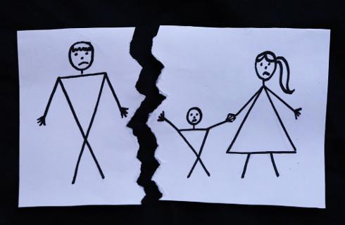 SN: Rodzicom nie przysługuje skarga kasacyjna w sprawie porwania dziecka
