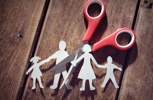 Więzienie za brak kontaktu z dzieckiem? Koronawirus może przyspieszyć zmiany