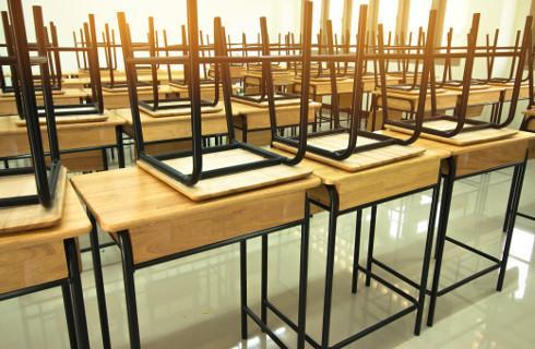 GIS: 1 września dzieci wrócą do szkół, ale przy większej liczbie zachorowań nauczanie zdalne