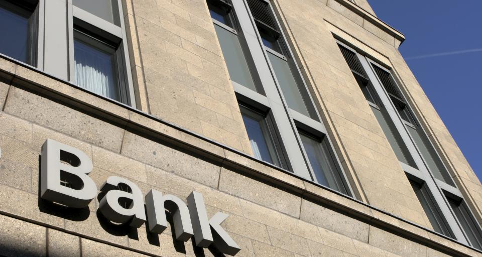 Sąd: Mąż nie musi wiedzieć, że jego żona zadłuża się w banku