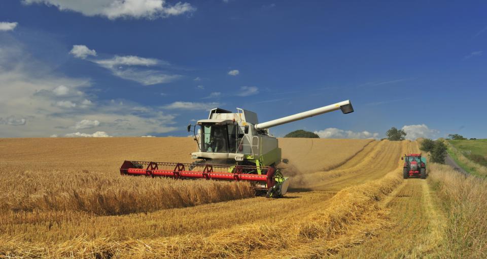 Rzecznik finansowy chce zmian w polisach dla rolników