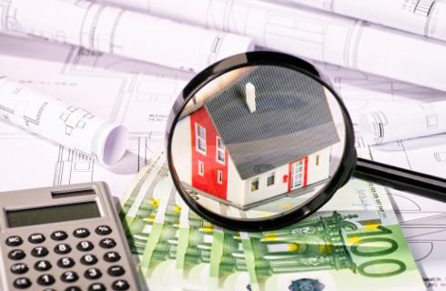 Bank płaci czynsz za przejęty lokal, ale to nie jest przychód tracącego nieruchomość