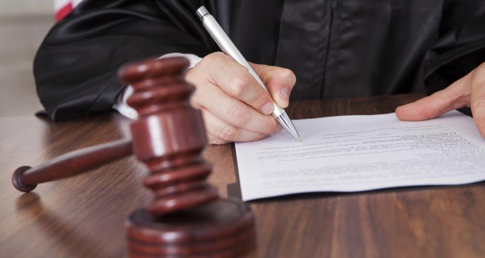 Prawnicy informatyzują się, sądy nadal papierem stoją