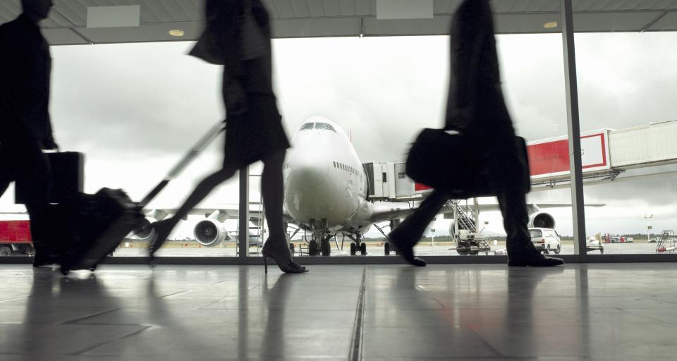 Od środy 30 krajów na liście zakazów połączeń lotniczych, w tym Francja