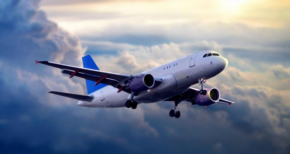 TSUE: Odszkodowanie za opóźnienie lotu nie tylko w euro