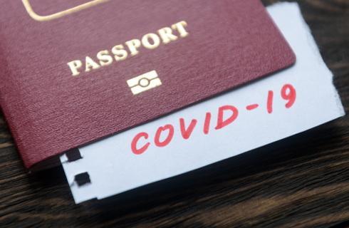 Potrzeba informacji dla turystów o stanie epidemii