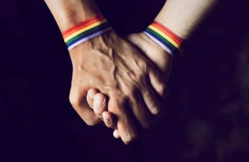 """RPO: Zakazać terapii """"leczących"""" homoseksualistów"""