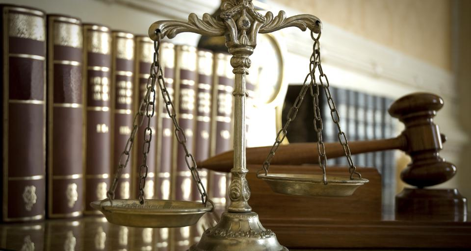 Uchwała SN: Skarga nadzwyczajna nie blokuje skargi na bezprawność