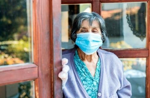Pomoc dla seniorów wyzwaniem dla gmin i ośrodków pomocy społecznej