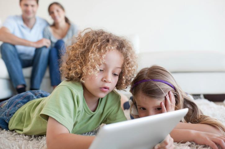 Od 9 listopada rodzice mogą ponownie ubiegać się o dodatkowy zasiłek opiekuńczy