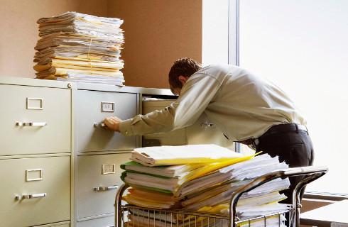 SN: Świadome ukrycie dokumentów księgowych przed wspólnikiem podlega karze