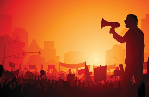 Prezydent Warszawy zakazuje Marszu Niepodległości, a sąd to podtrzymuje